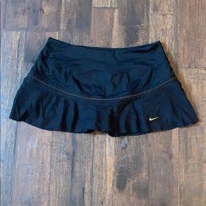 Black nike tennis skirt size M